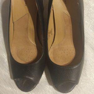 I Love Comfort Black Peep Toe Heels Juno Size 8.5